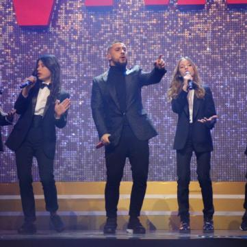 MONATIK виконав новий хіт разом з учасниками Голосу. Діти