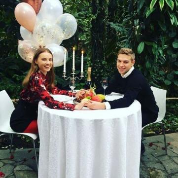 Романтичні побачення у «Світському житті»: як зірки відсвяткували День Валентина
