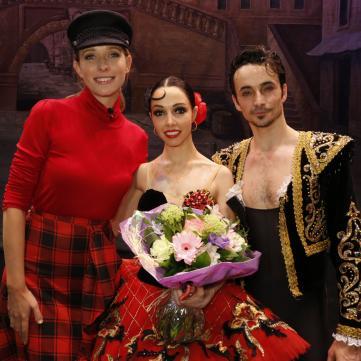 Балерина Катерина Кухар зі сльозами на очах розповіла Катерині Осадчій, як пережила втрату дитини