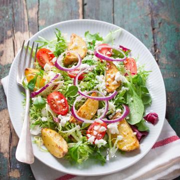 5 рецептів весняних салатів, які допоможуть уникнути авітамінозу