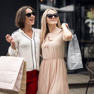 Позбутися зайвого: Куди можна віднести непотрібні одяг та речі