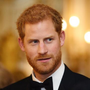 Принца Гаррі підвищили по службі напередодні його весілля