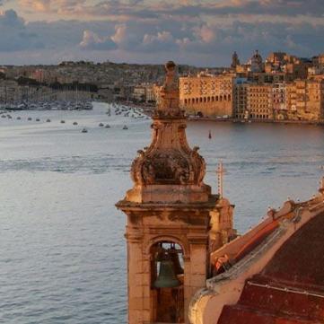 Де зустрічати травневі: Невідомі факти про столицю Мальти