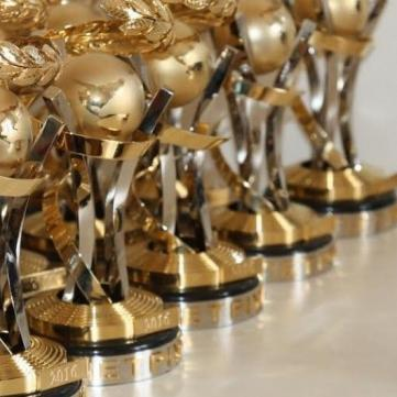 «1+1 медіа» отримала рекордні 43 нагороди премії «Телетріумф»