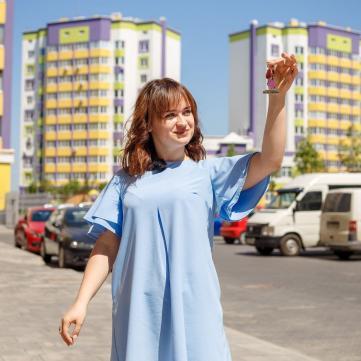 Олена Луценко вперше побувала у подарованій квартирі
