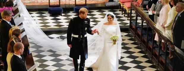 Принц Гаррі та Меган Маркл залишили Віндзор на знак завершення весільних святкувань