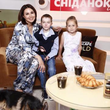 Сніданок з 1+1 та Наталія Мосейчук зібрали понад 650 тис. грн на Школу Супергероїв