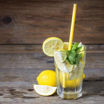 3 рецепти домашнього лимонаду для спекотних днів