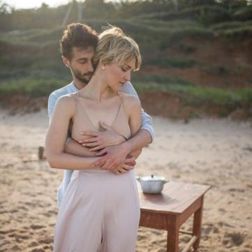 Віра Кекелія знялася оголеною у дебютному кліпі та присвятила пісню коханому