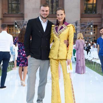 Єгор Гордєєв разом з відомою моделлю оголосили найкращого дизайнера