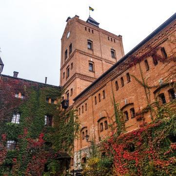 Ближче до історії: Сучасні готелі у стародавніх замках і фортецях