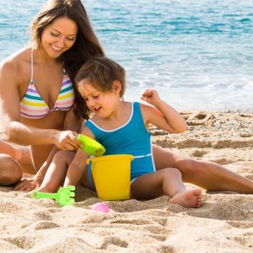 5 главных правил поведения детей на пляже