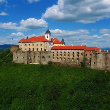 Замки Украины, которые стоит посетить каждому