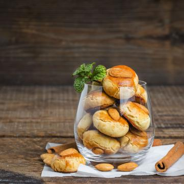 Рецепт яблучного печива для затишного осіннього настрою