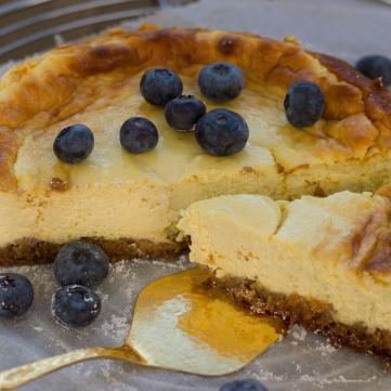 Сирковий торт з фруктами за 15 хвилин