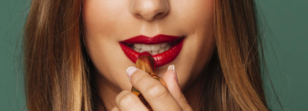 губи макіяж помада