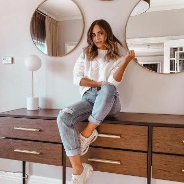 светр джинси мода