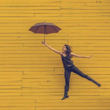 Дівчина з парасолею, Цифра дня