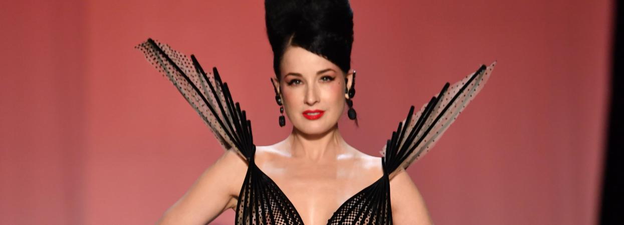 Діта Фон Тіз на паризькому тижня моди