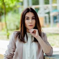 серіал Школа, Катя, Яніна