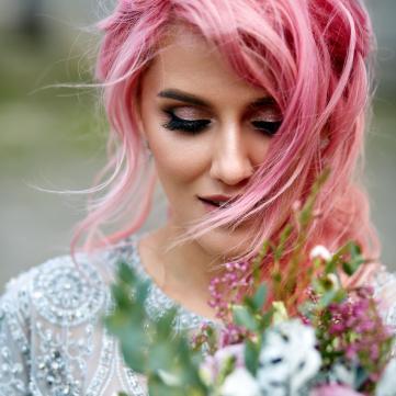 Топ-5 весняних трендів у фарбуванні волосся