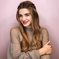 девушка макияж прическа