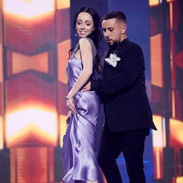 Монатік і Катерина Кухар танцюють на Вечорі прем'єр з Катериною Осадчою