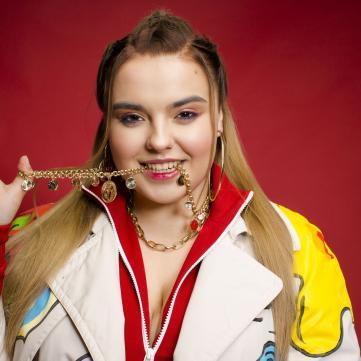 Вікторія Олійник