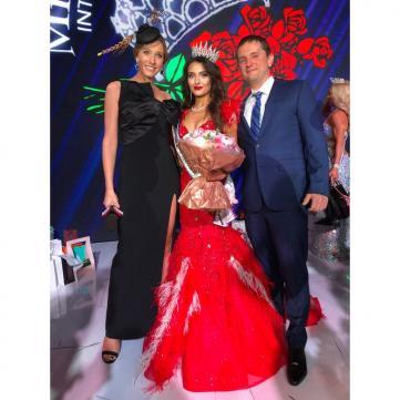 «Я сюди йшла не для того, щоб бути невісткою Поплавського, а для того...» : «Місіс Україна 2019» з відомим прізвищем прокоментувала свою перемогу в конкурсі краси