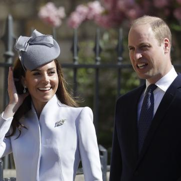 Елегантна Кейт Міддлтон й іменинниця Єлизавета ІІ: Королівська родина відвідала великодню службу