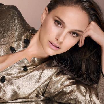 Правила макияжа: Как правильно наносить тени
