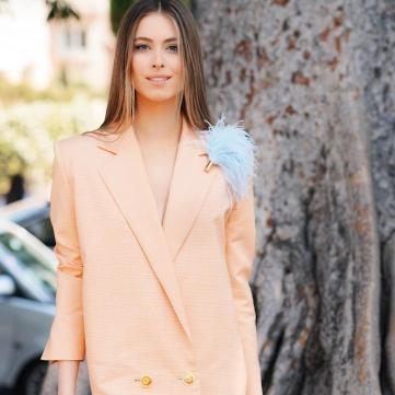 Девушка-весна: Внучка Софии Ротару восхитила образом в вышитом платье (фото)