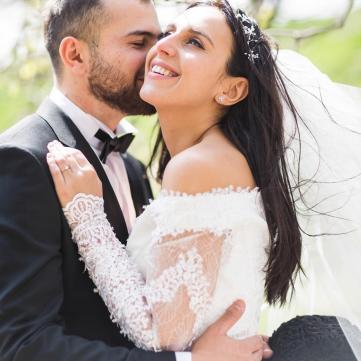 Джамала з чоловіком - весільне фото