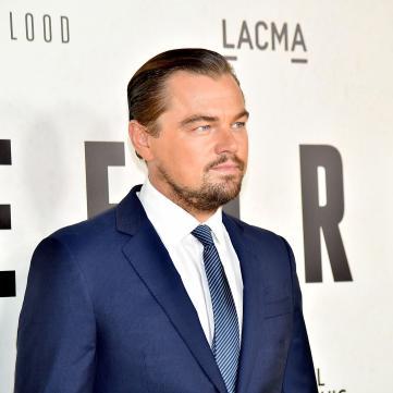 44-річний Леонардо Ді Капріо прогулявся Каннами з молодою дівчиною