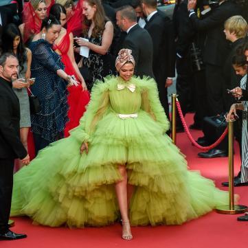10 роскошных платьев с красной дорожки Каннского фестиваля, о которых мечтает каждая