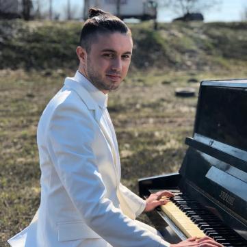 Тарас Тополя, гурт Антитіла
