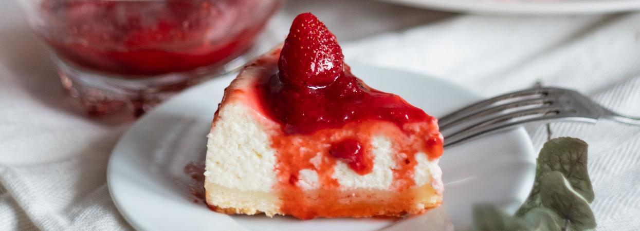 полуничний чізкейк, полуниця, полуничний десерт