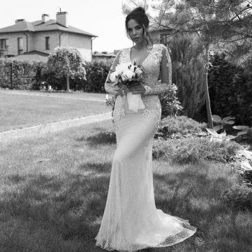 Настя Каменських, весілля, сукня