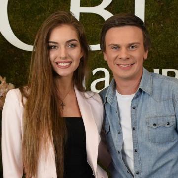 Дмитро Комаров і Олександра кучеренко фото