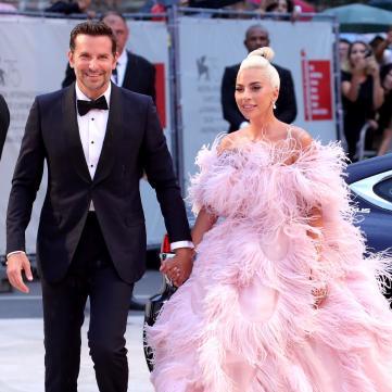 Леді Гага переїхала до Бредлі Купера — ЗМІ