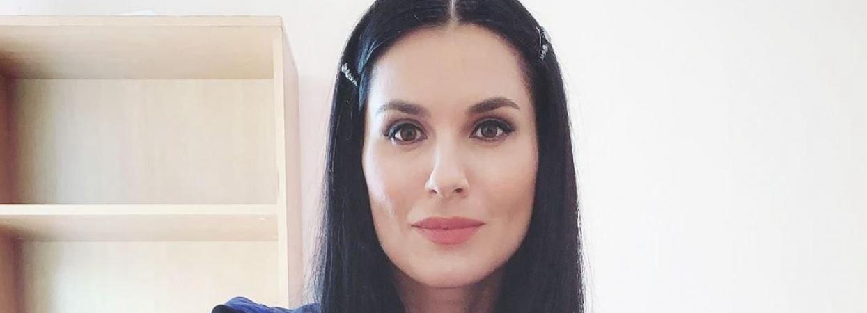 Маша Єфросиніна показала селфі без макіяжу
