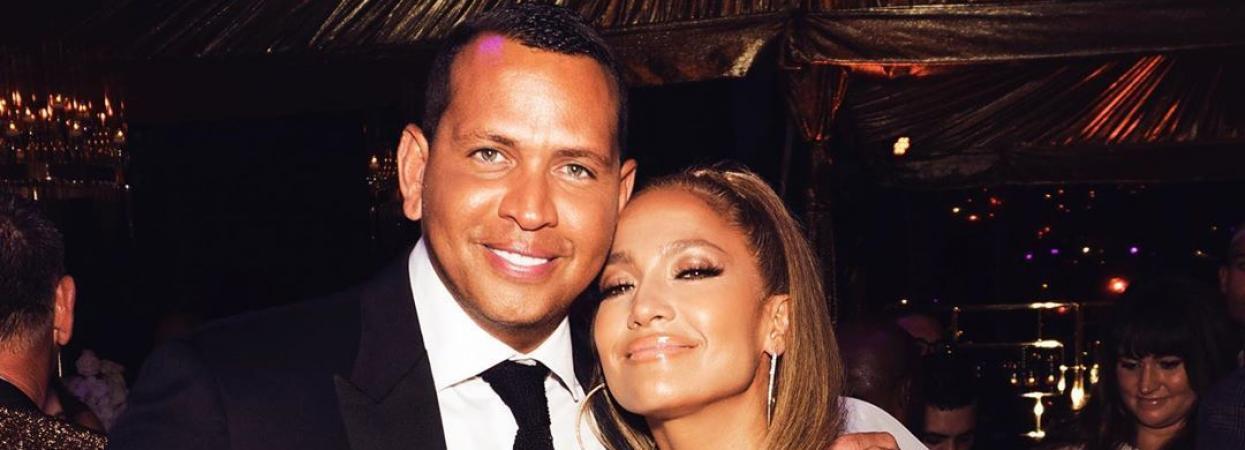 Поп-діва Дженніфер Лопес із коханим Алексом Родрігесом на святкування 50-го дня народження.