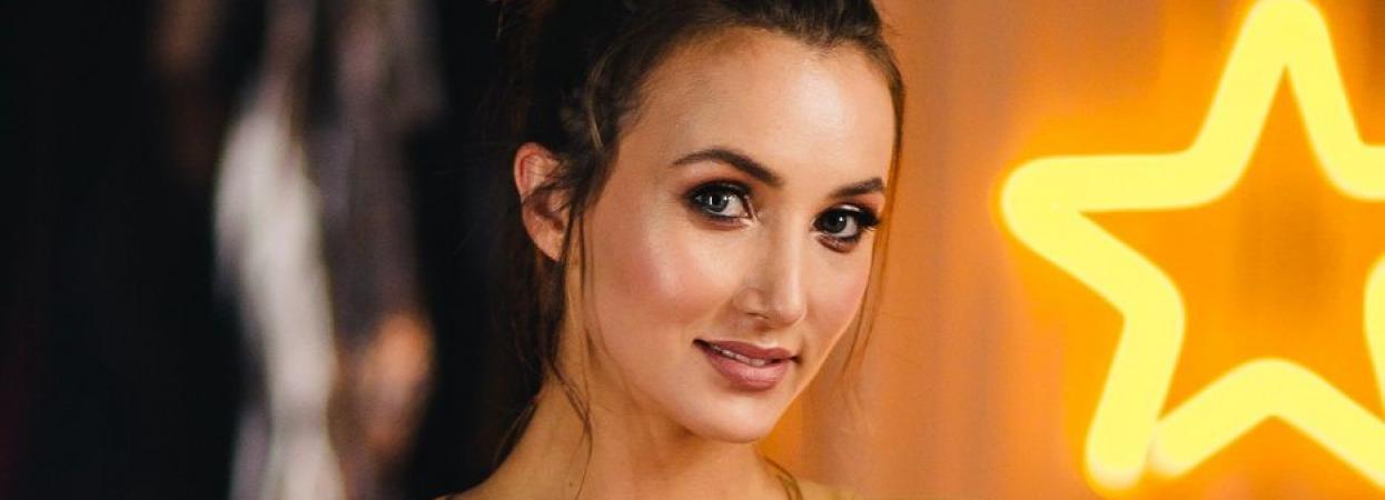 Анна Різатдінова - гімнастка, учасниця Танців з зірками