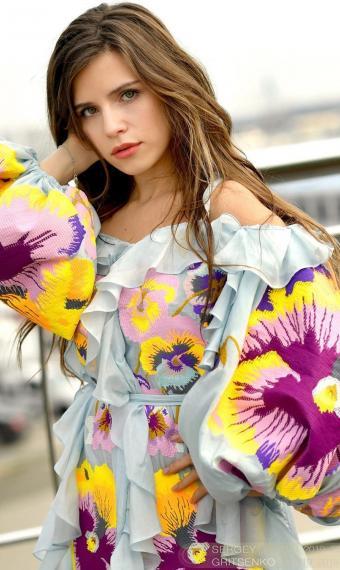 Христина Соловій у сукні-вишиванці