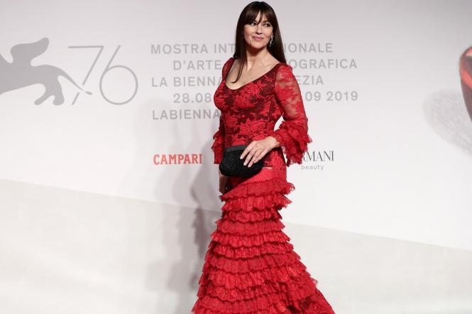 моника беллуччи на красной дорожке венецианского кинофестиваля
