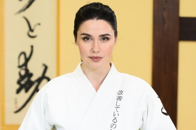 Людмила Барбір в японському одязі.