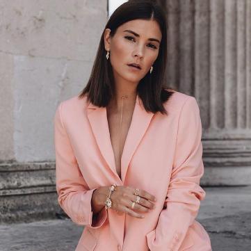 Самый модный цвет осени 2019, который «разглаживает морщины»