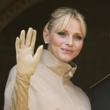 Княгиня Монако вышла на публику в юбке от украинского дизайнера