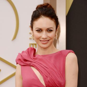 Ольга Куриленко у вечірній сукні на Оскарі.