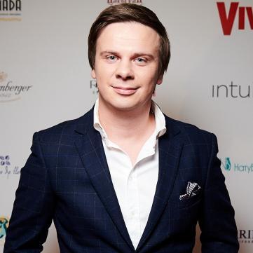 Дмитро Комаров став вампіром у новому випуску «Світу навиворіт»